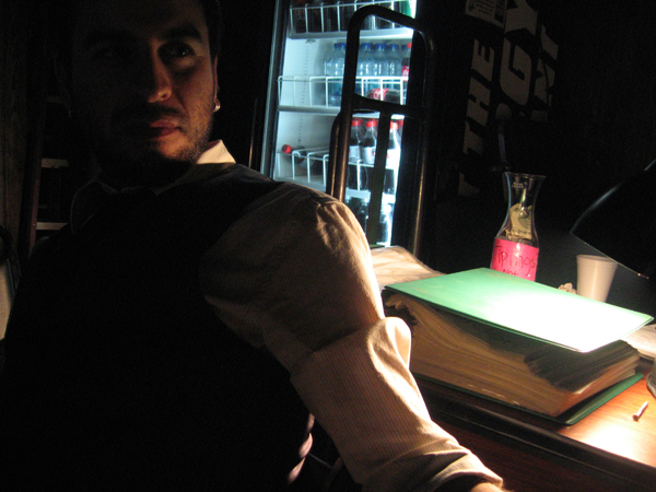 Hot_guy_at_bar